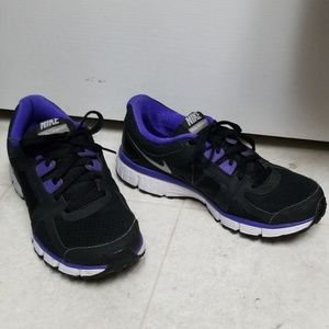 NIKE Purple & Black Dual Fusion ST2